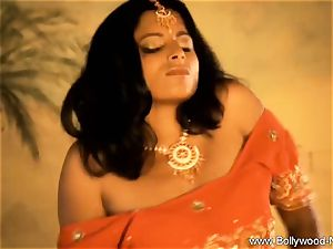 probe The Sensuality Of India