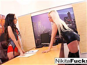 Nikita's lezzy office penetrate