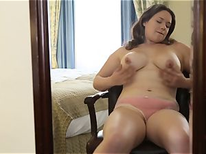 buxomy Kimberlee pleasuring Her gash With A toy