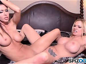 Briana Banks and Jessica Jaymes live web webcam display