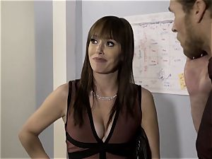 undressed Down Sn 5 Ana Foxxx bangs the manager