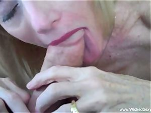 oral pleasure In The Backyard Pool From mommy