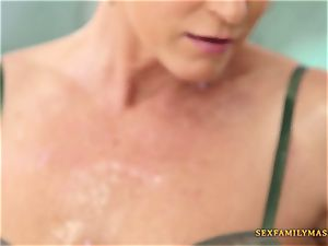 India Summers gets her vagina ravaged
