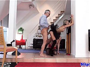 Glam eurobabe assfucked in trendy 3some