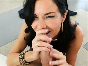 filthy cougar Veronica Avluv takes it in her caboose making her unload