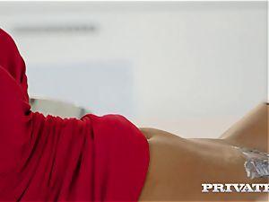 Blanche Bradburry takes hard-core anal invasion and jizz shot