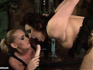 Kathia Nobili faux-cock screw the bum of her buddy