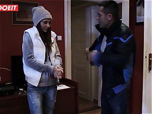 euro teenage Gets Help and huge spunk-pump from Stranger