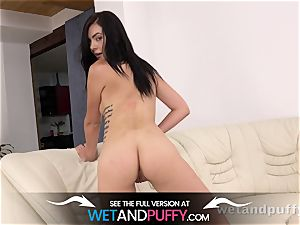 climax - tattooed stunner shudders with sheer pleasure