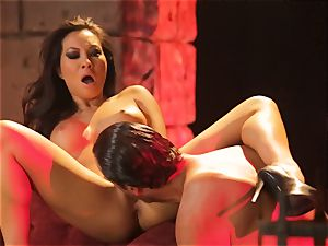 Asa Akira gets her super-fucking-hot lips obese a ample lengthy pipe
