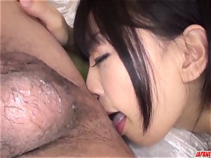 bodacious booty Yui Kyouno flashes off on cam in complete pov