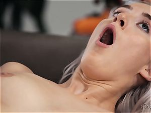 unloading g/g joy with Abigail Mac and Cadence Lux