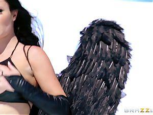 Fallen angel Jasmine Jae gets rectally fucked in pvc