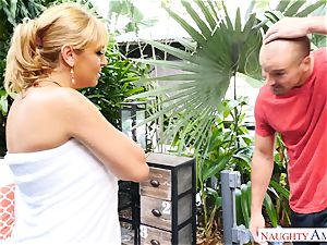 Sean Lawless finds steaming mummy naked in the garden
