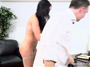 prick gasping brit babe Jasmine Jae banged in her backside