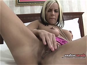 lean french Canadian stunner homemade pornography fingers cunny