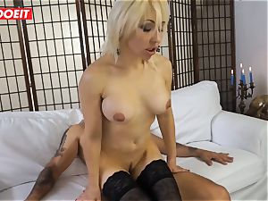 sizzling mummy gets plowed xxx in first-ever time audition