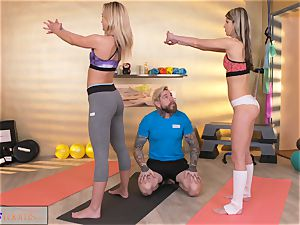 sport rooms nasty women seduce thick cock gym trainer